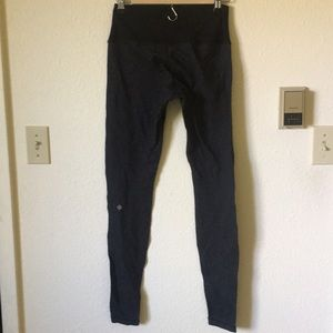 Size 6 high waisted lululemon brand wunder unders